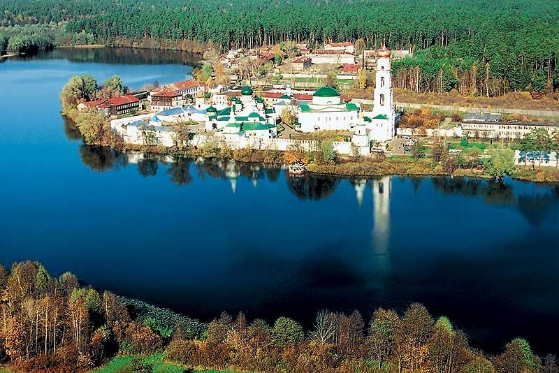 Bus tour to Raif male Virgin Monastery russia kazan tour